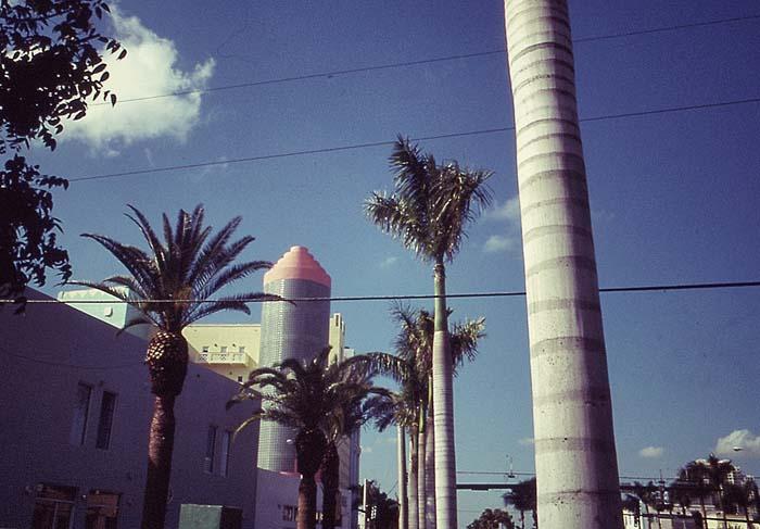Palmen und Art Deco