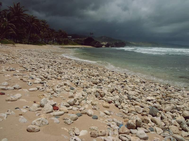 Am Strand von Bathsheba, Barbados