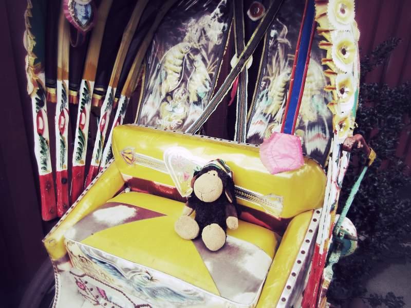 Luis in der Rikscha