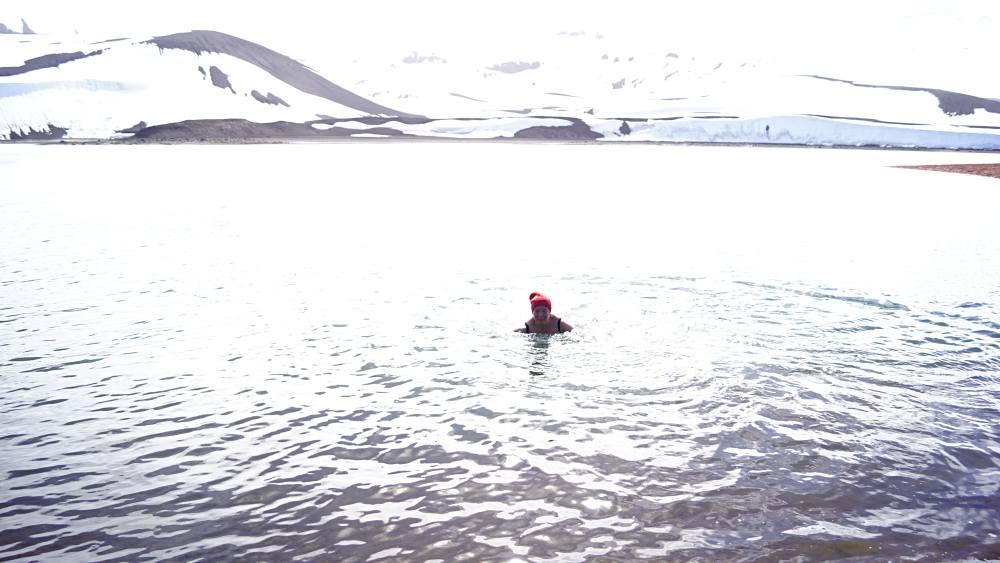 Schwimmen bei minus ein Grad