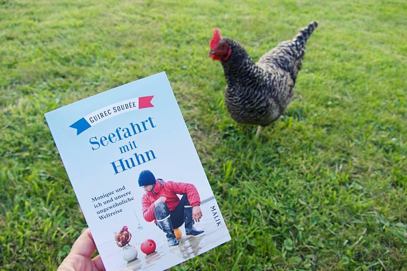 Guirec Soudée Seefahrt mit Huhn