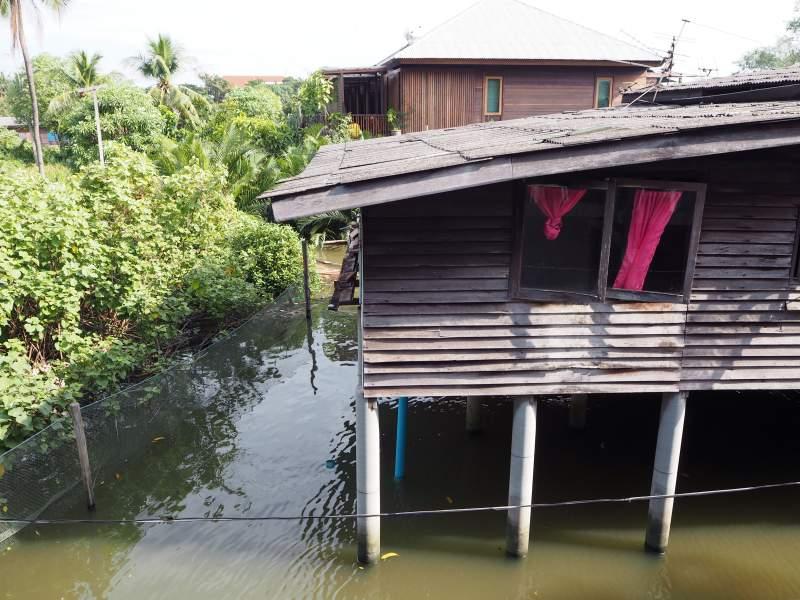 Haus auf Stelzen, Thailand