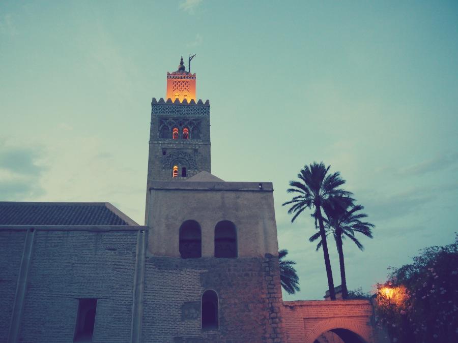 Zu Füßen der Koutoubia-Moschee