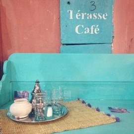 Tee im Café
