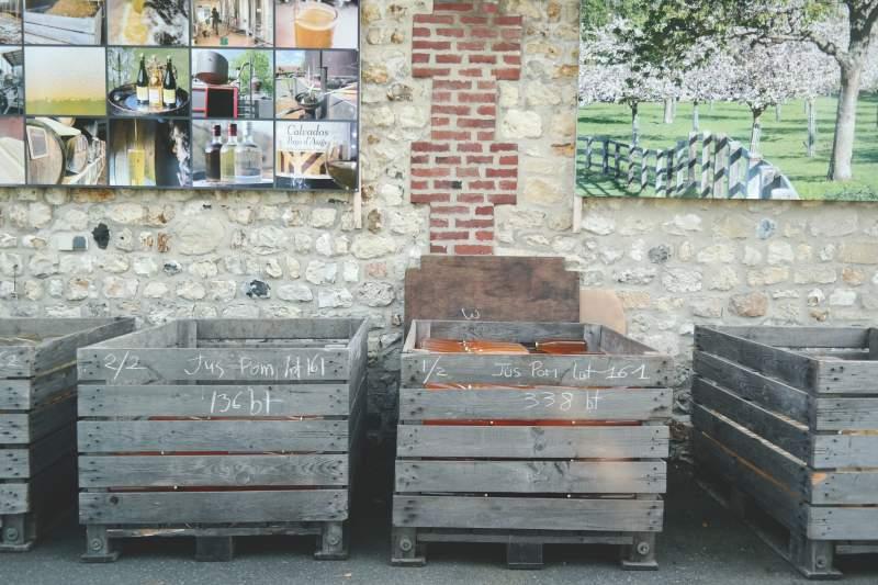 mit der ente durch die normandie. Black Bedroom Furniture Sets. Home Design Ideas