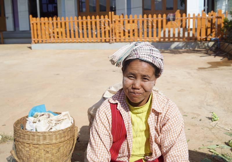 Auf dem Markt in Pindaya