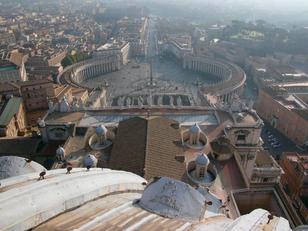 Blick von der Kuppel, Petersdom
