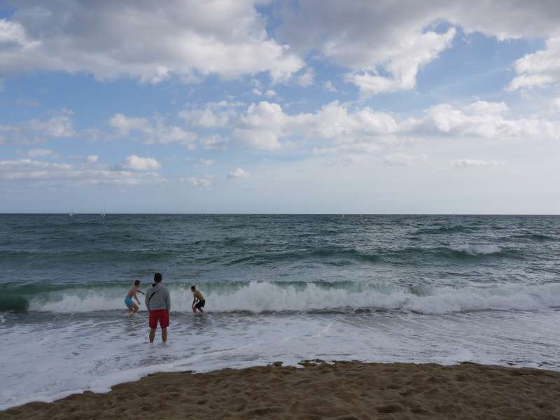 Von Barcelona aufs Meer